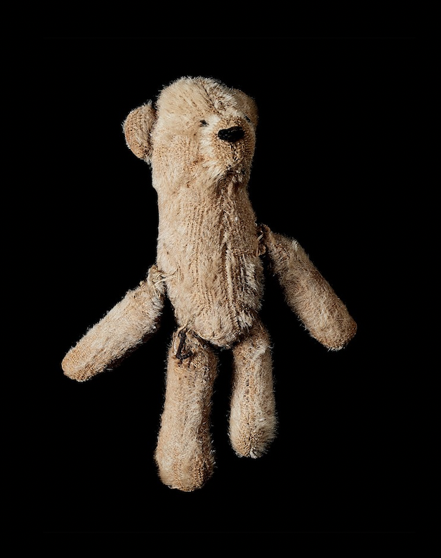 Richard Wiesel photographed items people left behind in different concentration…